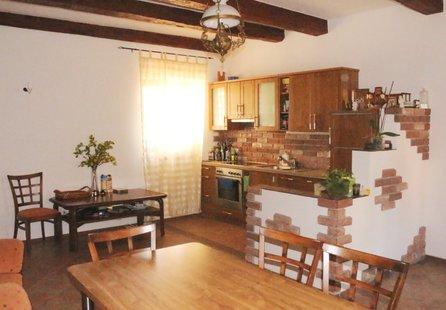 Prodej domu v lokalitě Znojmo, okres Znojmo - obrázek č. 1