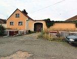 Staré Hobzí - Vnorovice, RD 4+1 , 2.439 m2, zahrada, stodola   –   rodinný dům - Domy Jindřichův Hradec