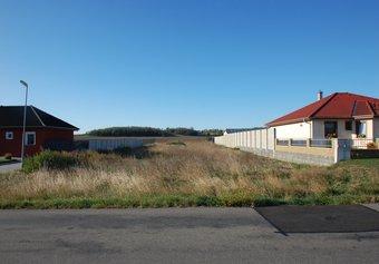 Prodej pozemku v lokalitě Skalice, okres Znojmo - obrázek č. 1