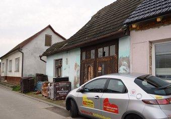 Prodej domu v lokalitě Brumovice, okres Břeclav - obrázek č. 1