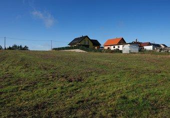 Prodej pozemku v lokalitě Drahonín, okres Brno-venkov - obrázek č. 1