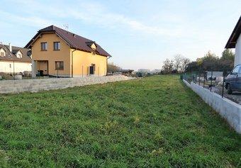 Prodej pozemku v lokalitě Kožušany-Tážaly, okres Olomouc - obrázek č. 1