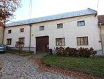 Prusy-Boškůvky, RD 2+1 + 1+kk, 2529 m², garáž, parkování - rodinný dům - Domy Vyškov