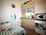 Brno - Veveří, OV 2+1, balkón, sklepní kóje, vhodný jako investice - byt - Byty Brno