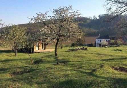 Prodej pozemku v lokalitě Silůvky, okres Brno-venkov - obrázek č. 1