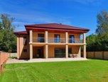 Prodej nadstandardního rodinného sídla 425m², pozemek 1250m² Hradčany, okres Brno-venkov – rodinný dům - Domy Brno-venkov