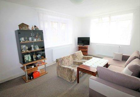 Jinošov, byt 3+1, 70 m2,  balkon - pronájem