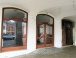 Svitavy, dům se 4 byty a komerčními prostorami, po rekonstrukci, podsklepený – ubytování - Komerční Svitavy