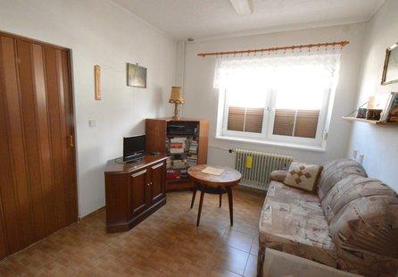 Prodej domu v lokalitě Kuchařovice, okres Znojmo - obrázek č. 1