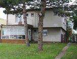 Hustopeče, RD 2+1 a 3+1, zahrada 439 m2, vinný sklep, k bydlení nebo podnikání - prodej - Domy Břeclav