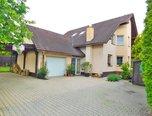 Rosice, RD 5+1, podlahová plocha 198 m2, nadstandardní bydlení, bazén - rodinný dům - Domy Brno-venkov