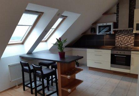 Pronájem bytu v lokalitě Mikulov, okres Břeclav - obrázek č. 1