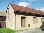 Olešnice na Moravě, RD 2+kk, pozemek 632 m2, dvůr,  zahrada, k rekonstrukci – rodinný dům - Domy Blansko
