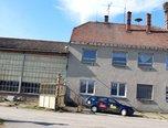 Radslavice, komerční pozemek 2 500 m2, administrativní budova, čerpací stanice - komerce - Komerční Přerov