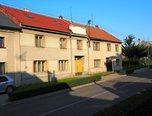 Čelčice, 170m² , nová střecha, zahrada, studna - rodinný dům - Domy Prostějov