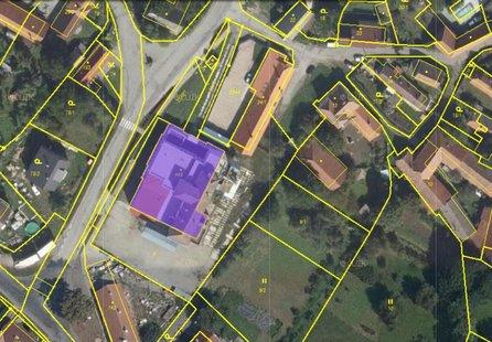 Březník, komerční areál s administrativní budovou, pozemek 3.628 m2 - pozemek - Pozemky Třebíč