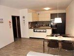 Boskovice, OV 2+kk, 62 m2,  nábytek na míru, lodžie – byt - Byty Blansko