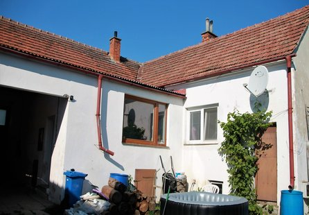 Prodej domu v lokalitě Vranovská Ves, okres Znojmo - obrázek č. 1