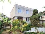 Oblekovice , RD 6+2 , 957m2,  garáž, zahrada –   rodinný dům - Domy Znojmo