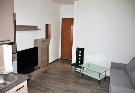 Pronájem bytu v lokalitě Hodonice, okres Znojmo - obrázek č. 1