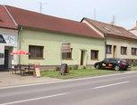 Hrušovany nad Jevišovkou , RD 4+1, 368m2, nová střecha, fasáda   –   rodinný dům - Domy Znojmo