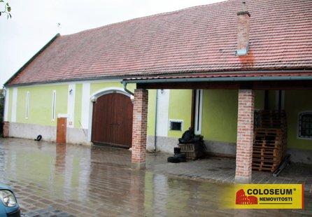 Pronájem komerčních prostor v lokalitě Želetice, okres Znojmo - obrázek č. 1