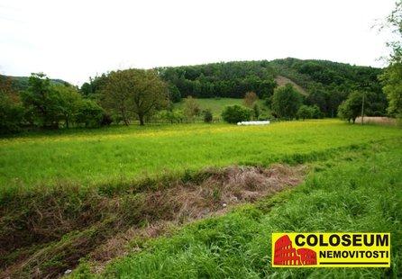 Prodej pozemku v lokalitě Tišnov, okres Brno-venkov - obrázek č. 1