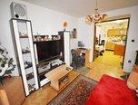 Sokolnice, byt OV 2+1, balkon, 2 x garáž, sklep, dílna, pozemek 1000 m2, zahrada -  byt - Byty Brno-venkov