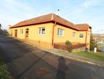 Únanov, prodej RD 3+1, garáž 222m² - rodinný dům - Domy Znojmo