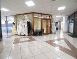 Brno - střed, obchodní prostor, 40m², obchodní pasáž IBC, voda, parkování - komerce - Komerční Brno