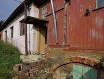 Lipůvka, RD se 3 místnostmi, započatá rekonstrukce, 124 m², pozemek 435 m² - rodinný dům - Domy Blansko