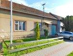 Nesovice, RD 2+kk, 52 m2, pozemek 876 m2, zahrada, dvůr, sklep – rodinný dům - Domy Vyškov