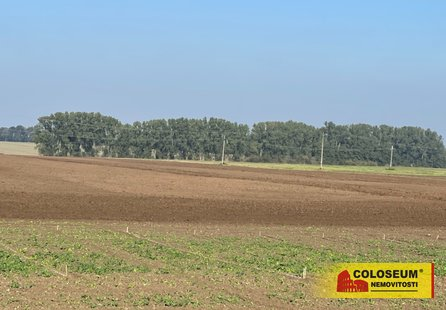 Prodej pozemku v lokalitě Rataje, okres Kroměříž - obrázek č. 1