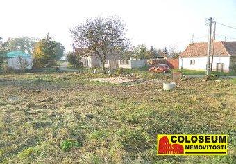Prodej pozemku v lokalitě Damnice, okres Znojmo - obrázek č. 1