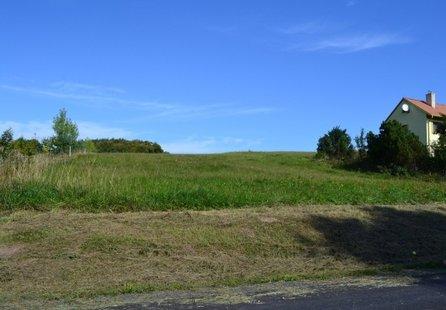 Prodej pozemku v lokalitě Strhaře, okres Brno-venkov - obrázek č. 1