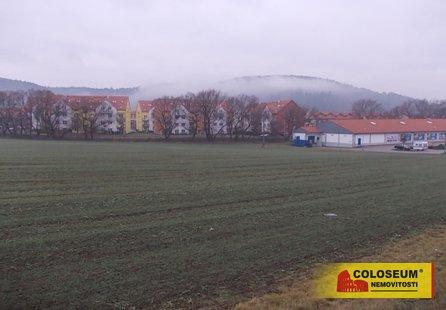 Prodej pozemku v lokalitě Kuřim, okres Brno-venkov - obrázek č. 1