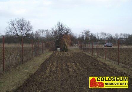 Prodej pozemku v lokalitě Modřice, okres Brno-venkov - obrázek č. 1