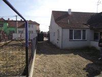 Prodej pozemku v lokalitě Strachotín, okres Břeclav - obrázek č. 2