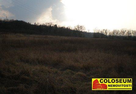 Prodej pozemku v lokalitě Ivančice, okres Brno-venkov - obrázek č. 1