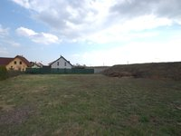 Prodej pozemku v lokalitě Popůvky, okres Brno-venkov - obrázek č. 2