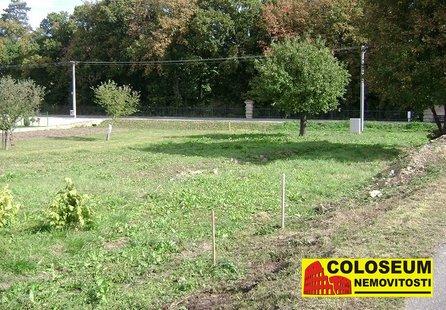 Prodej pozemku v lokalitě Jevišovice, okres Znojmo - obrázek č. 1