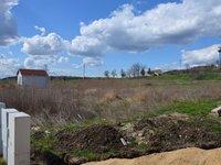 Prodej pozemku v lokalitě Hrušovany nad Jevišovkou, okres Znojmo - obrázek č. 2