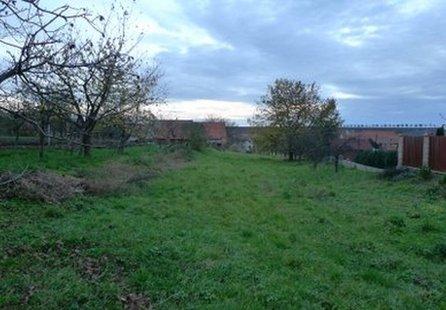 Prodej pozemku v lokalitě Vřesovice, okres Prostějov - obrázek č. 1