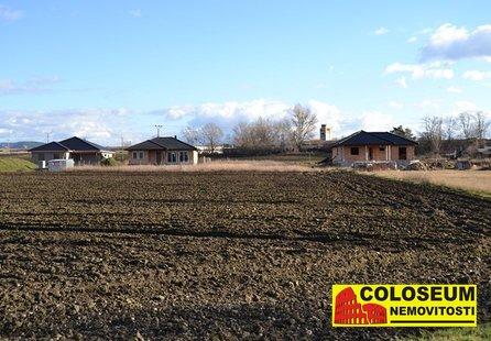 Prodej pozemku v lokalitě Brod nad Dyjí, okres Břeclav - obrázek č. 1