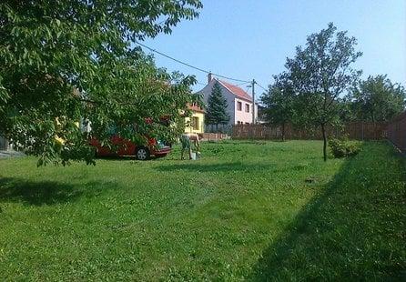Prodej pozemku v lokalitě Ketkovice, okres Brno-venkov - obrázek č. 1