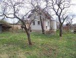 Hodonice, chata 2+kk, zahrada - chalupa - Domy Znojmo