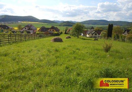 Prodej pozemku v lokalitě Železné, okres Brno-venkov - obrázek č. 1