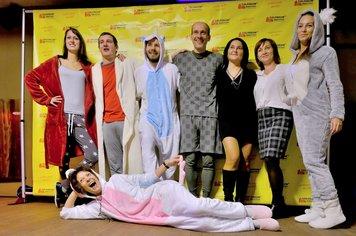Nejen že neustále pracuji, ale umím se i bavit. Firemní večírek 2018 s tématikou pyžamová Párty.