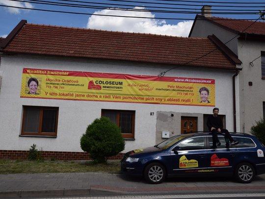 Rodinný domek ve Vyškově s autíčkem :)