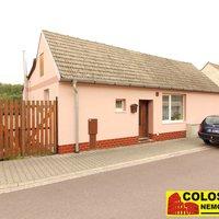 Byli jsme velice spokojeni s prací p. Rožnovské při prodeji našeho domu. - obrázek č. 1